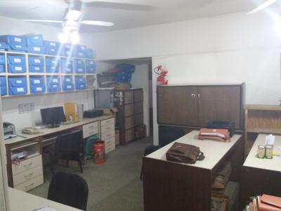 Oficina En Quilmes En Excelente Ubicación