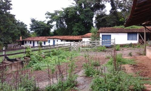 Terreno / Área Com 3 Quartos Para Comprar No Zona Rural Em Jaboticatubas/mg - 2806