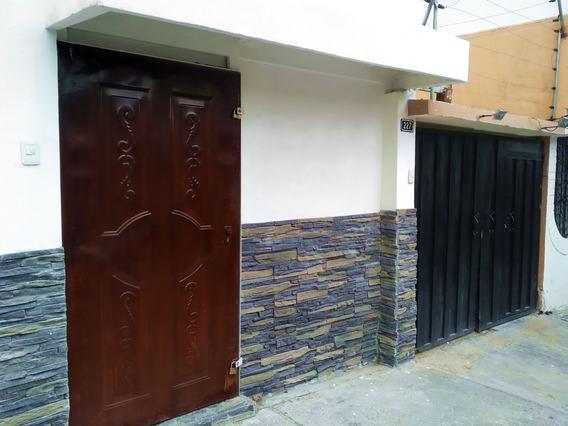 Venta Casa 6 Hab 5 Baños Local Av Real Audiencia Norte Quito