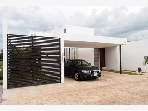 Imagen 1 de 11 de Casa Sola En Venta Royal Del Parque