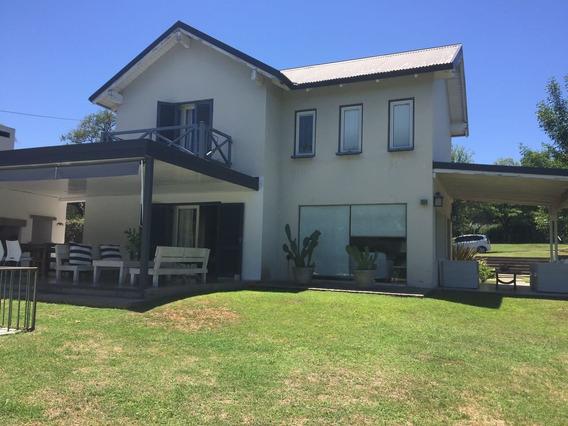 Casa En Venta En Villa Allende Golf