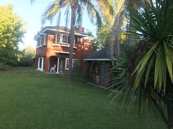 Casa En Los Rosales