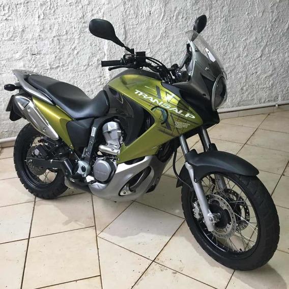 Honda Transalp 700cc