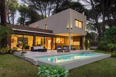 Casa En Carilo
