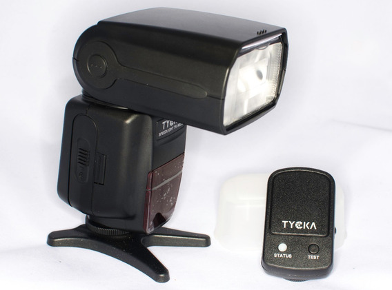 Flash Tycka Ttl Para Nikon, Incluye Radio.