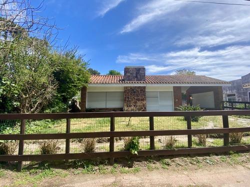 Casa A La Venta. San Rafael. Punta Del Este.- Ref: 2177