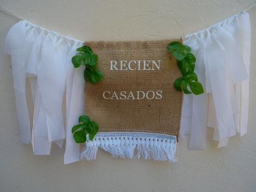 Imagen 1 de 1 de Banderín Casamiento Arpillera Flecos Tiritas Blanco