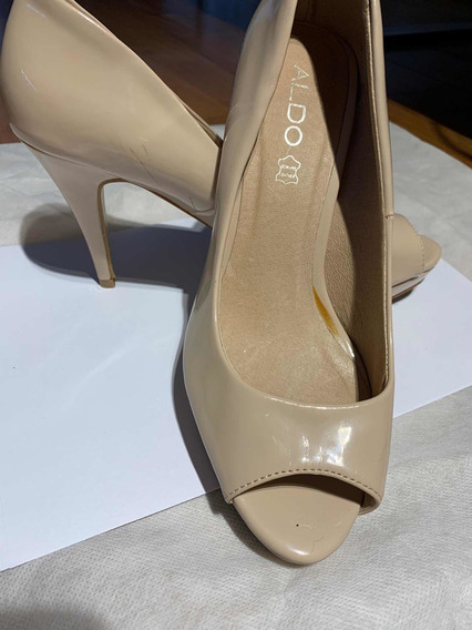 Zapatos Color Beige Charol Aldo