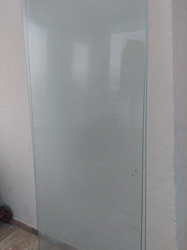 Imagem 1 de 3 de Box De Vidro Incolor Temperado