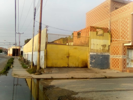 Venta Amplió Galpón En Pueblo Nuevo. Puerto La Cruz