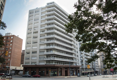 Amplio Departamento Edificio Lincoln Libertador Y Uruguay