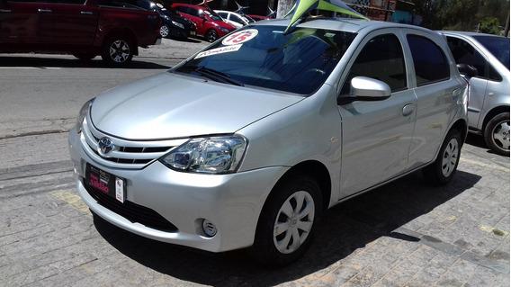 Toyota Etios 1.3 16v X 5p 2015 43000 Km $ 31590 Financiamos