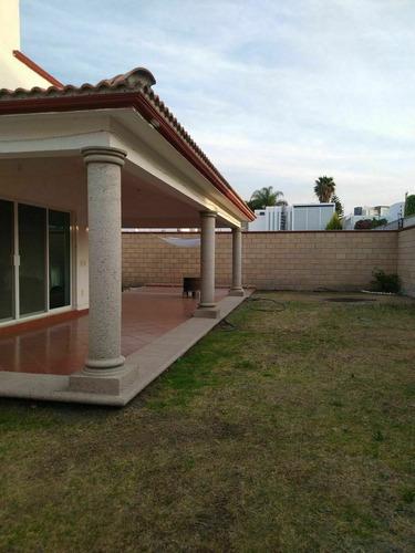 Casa En Venta En La Cañada Juriquilla De Una Planta