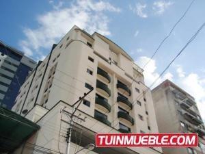 Apartamentos En Venta En El Centro 19-995 Jev