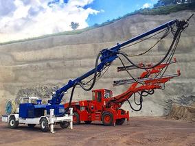 Jumbo Sandvik Y Robot De Lanzado De Concreto Meyco Potenza