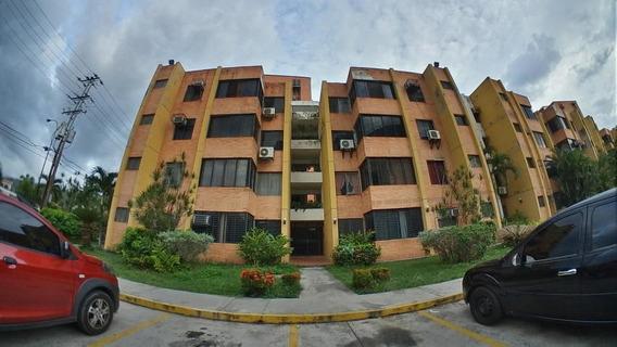 Apartamento En Venta En La Granja Naguanagua Ys 19-12484