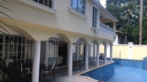 Hermosa Casa En Venta En Albrook Panama