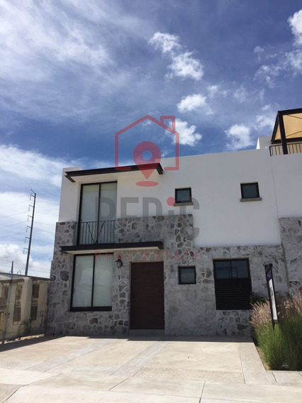 Estrena Casa De 3 Hab + Jardín En Torre De Piedra, Punta Jur