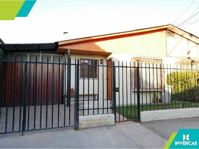 Linda Casa Con Excelente Ubicación En Maipú