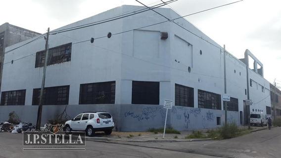 Vende Depósito / Galpon 1628 M² Cubiertos - Actualmente Alquilado - Lomas Del Mirador