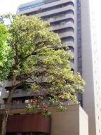 Apartamento En Los Palos Grandes Mls #20-4961