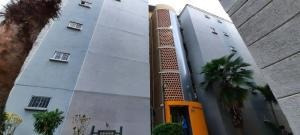 Apartamento En Venta Trzas De San Diego Código 20-21057 Raco