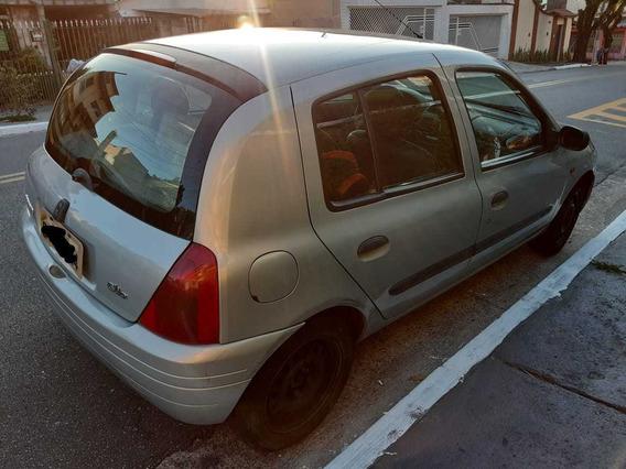 Renault Clio 1.6 8v