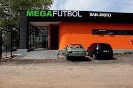 Imagen 1 de 3 de Canchas De Fútbol A La Venta En La Matanza - San Justo