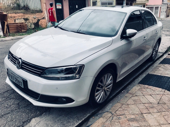 Jetta 2.0 Hightline 211 Cv