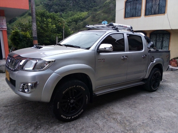 Toyota Hilux Doble Cabina 4x4 2013