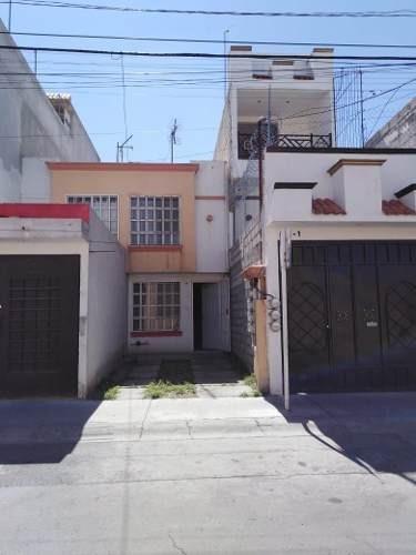 Casa En Renta Zona Residencial De Heroes Tecamac Sobre Avenida
