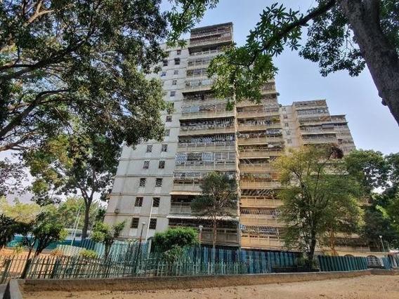 Apartamento En Venta 20-18194 Neira Roman