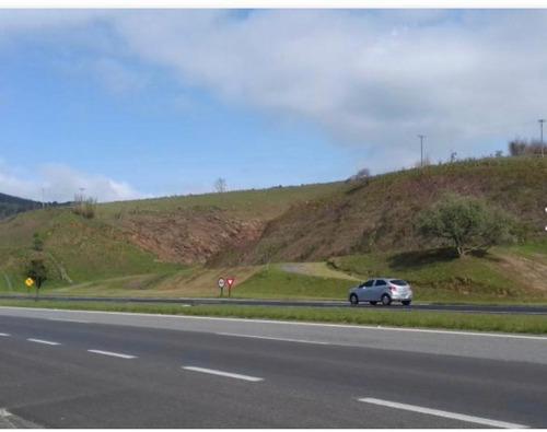 Imagem 1 de 14 de S20- Terrenos Direto No Asfalto Em Nazaré Apenas 40mil
