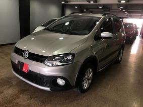 Volkswagen Suran Cross 1.6 Highline 2014 Financio / Permuto