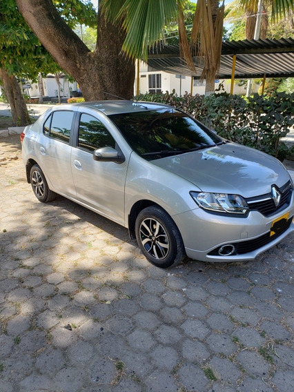 Renault Logan Intens 1.6 16 V