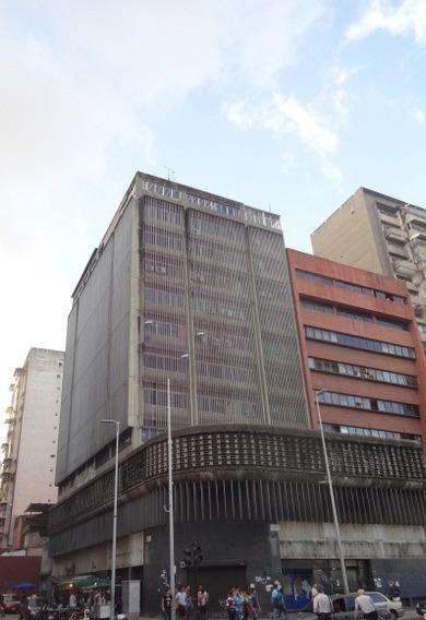 Cubículo Tipo Oficina ( 8 M2) En La Candelaria