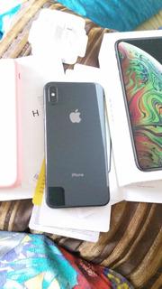 iPhone Xs Max Preto 64g