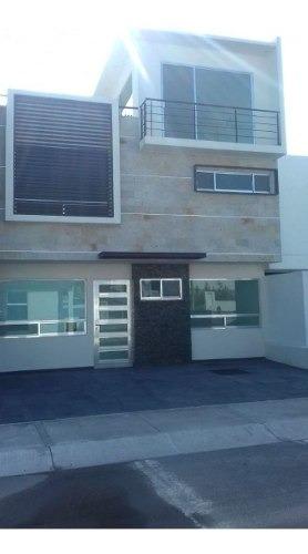 Preciosa Residencia En El Refugio, Roof Garden, 4ta Recamara En Pb, De Lujo !!