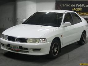 Mitsubishi Lancer Glx1