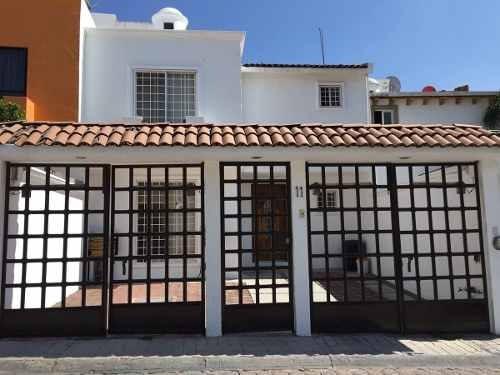 Hermosa Casa En Venta En Fracc. Milenio Iii Qro.mex.