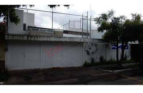 Casa En Renta En Colonia Chapalita.- Ideal Para Oficina A Puerta Cerrada