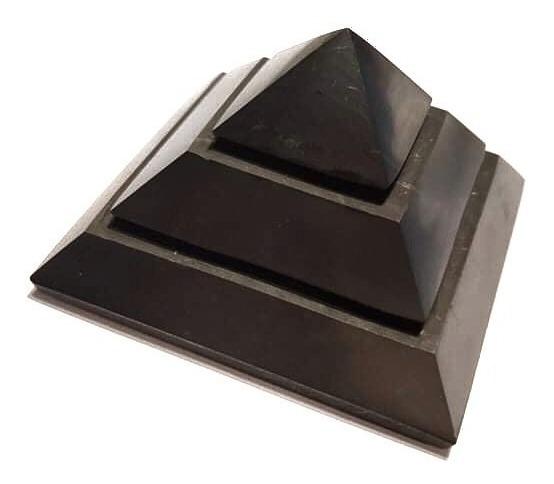 Shungite Sakkara Pirámide 5x5cms