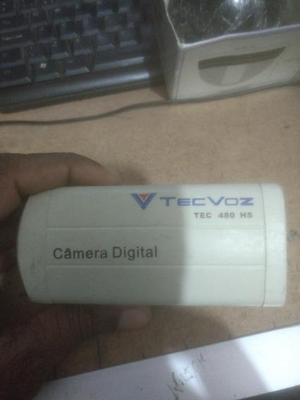 Câmeras De Monitoramento Cada Uma