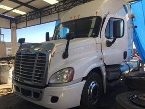 Freightliner Cascadia Volteos Camiones Tracto Camiones Pipas