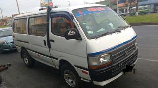 Vendo Combi Toyota 3l Año 93 4x4 Llamar 944855510
