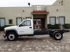 Chevrolet Heavy Duty 2004