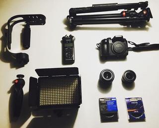 Panasonic Gh4 Lumix + 2 Lentes Leica 15 - 25 + Manfrotto