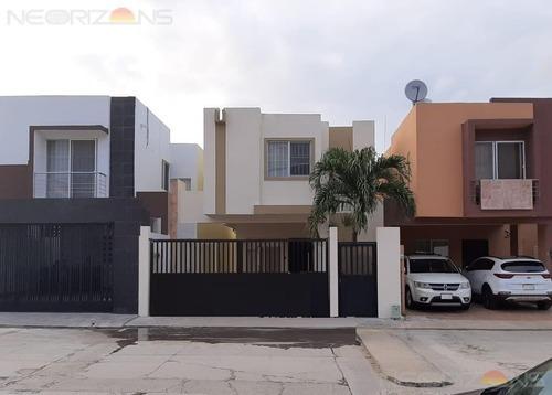 Renta De Casa Amueblada En Fraccionamiento Floresta, Altamira