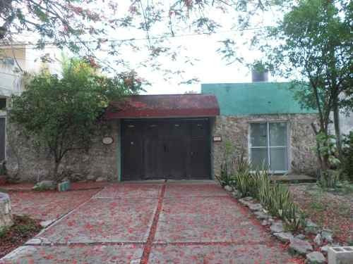 Venta De Casa Con Local Comercial Sobre Avenida Chichi Suarez