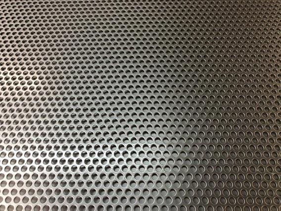 Tela Caixa Acústica - 45x25cm - Furo 3mm Redondo - B10
